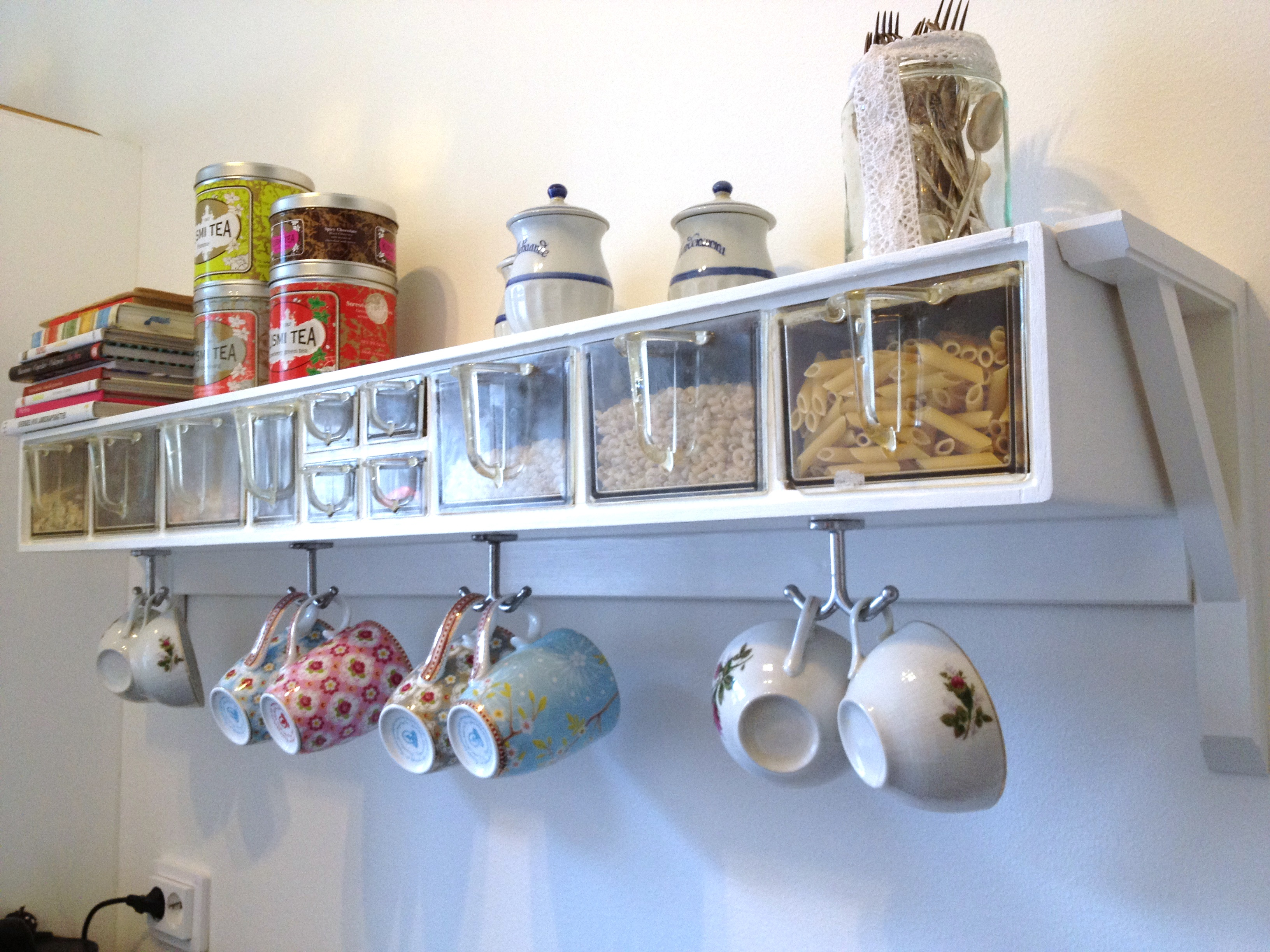 Beau Reuse Retro Kitchen Shelf