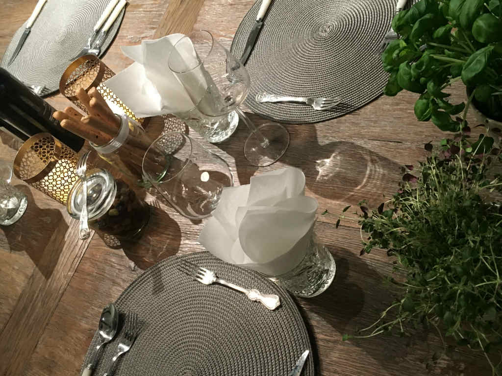 Basic-Table-Setting-Handcarft-by-Grip-4